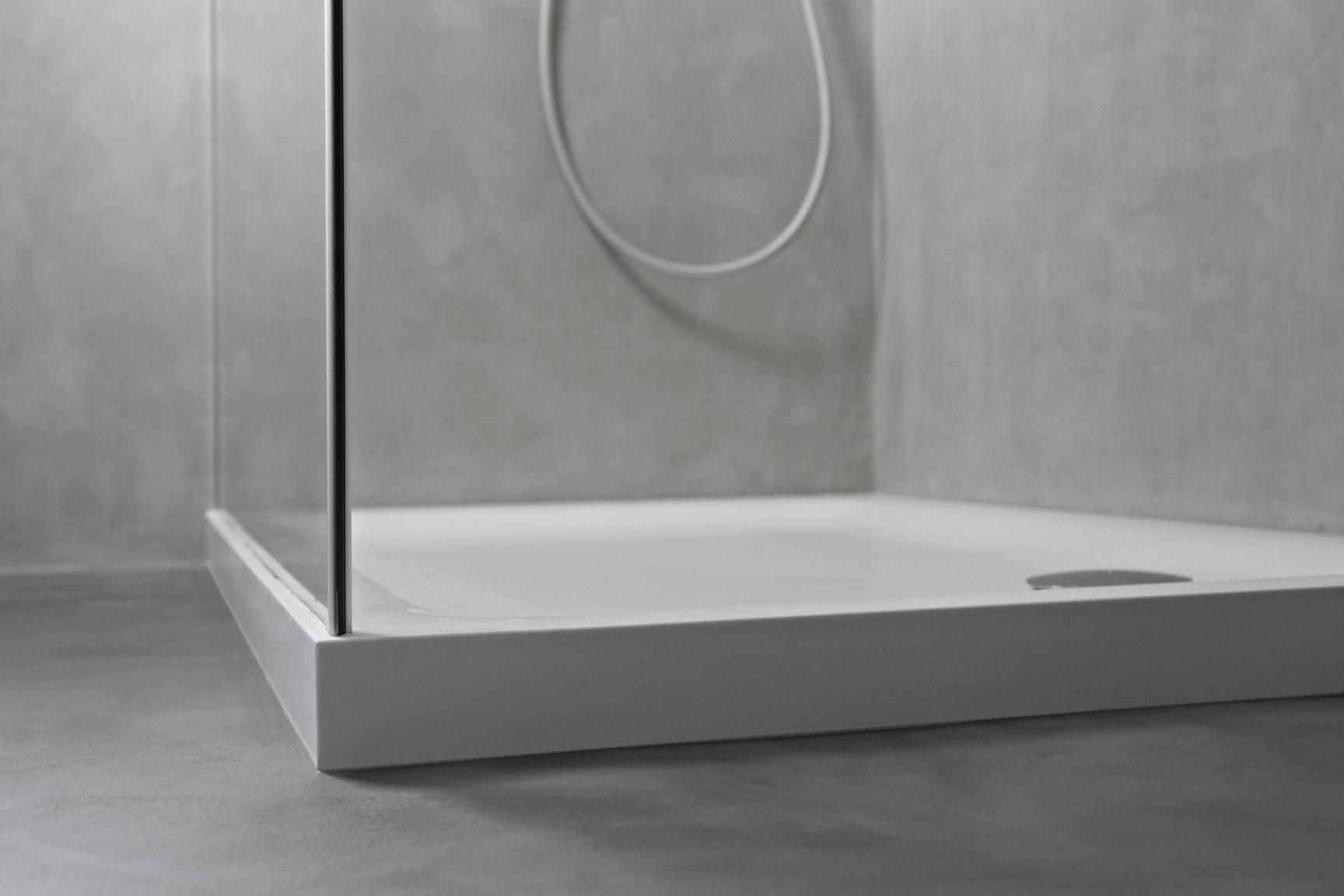 Ristrutturazione di un bagno con microcemento ideal work