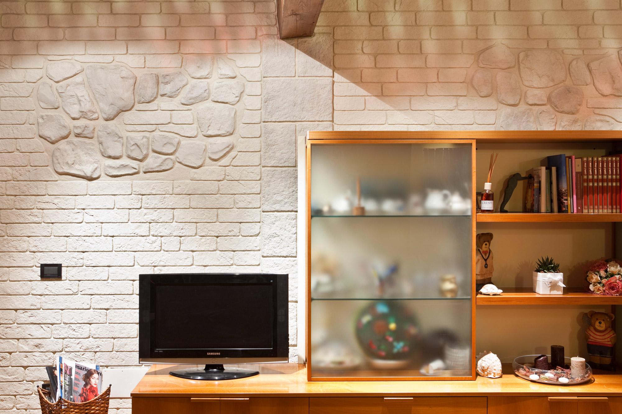 Gamma Colori Per Esterni Casa : Ristrutturare con il muro stampato u soluzioni di rivestimento per