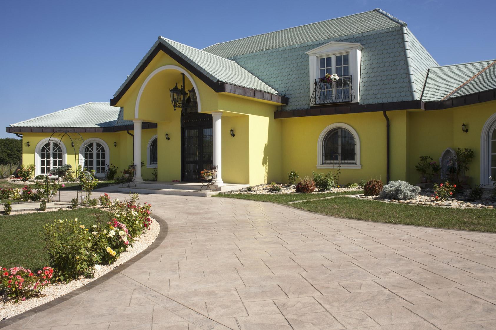 Posa Pavimento A Secco Giardino pavimenti esterni in cemento stampato o pavimenti