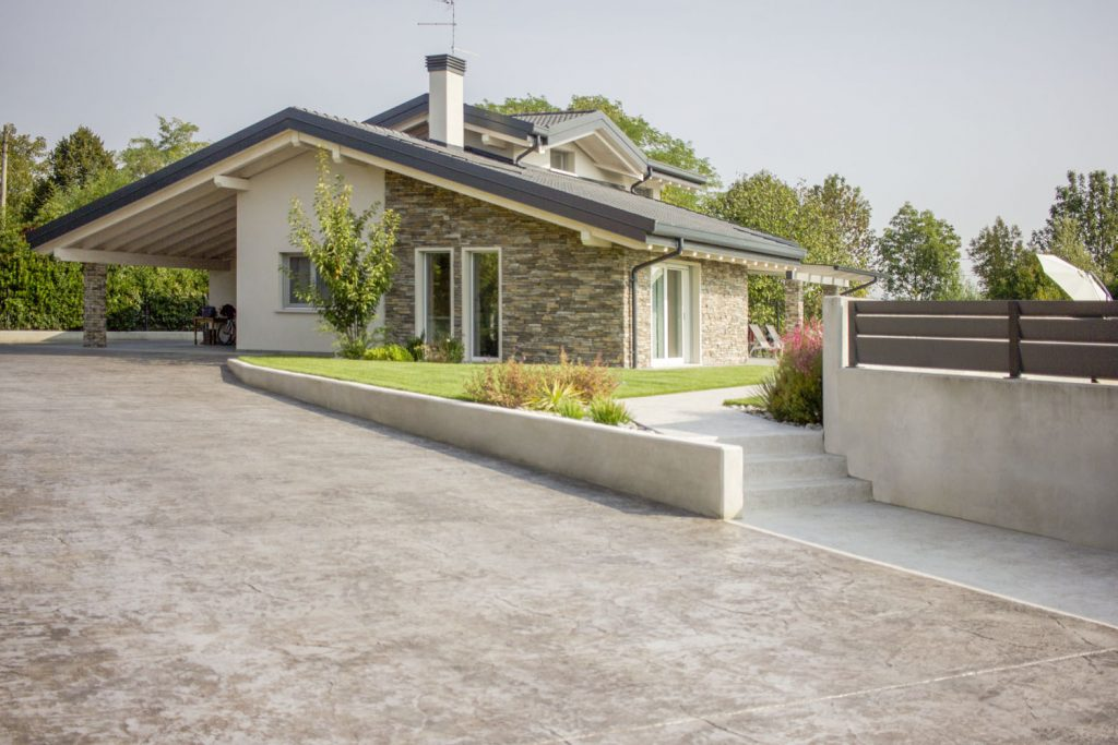 pavimento in cemento stampato esterno