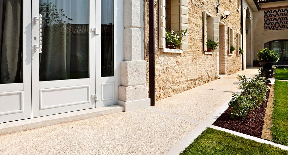 pavimenti in graniglia o piastrelle sassolavato