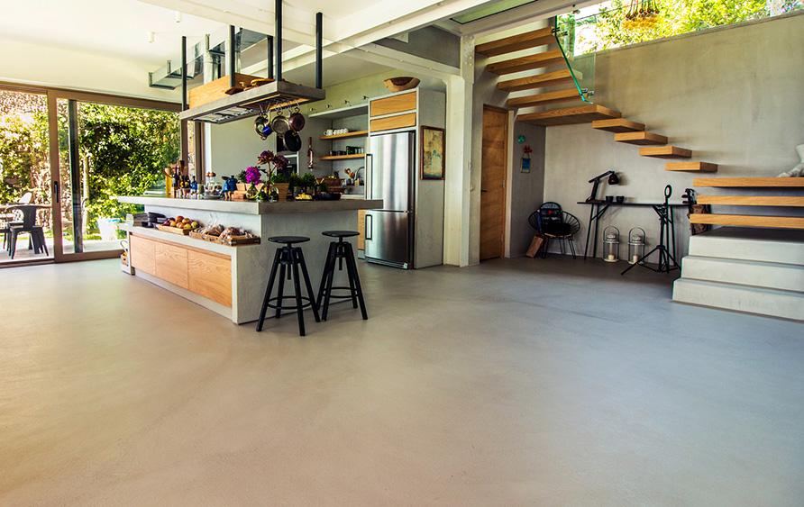 Ristrutturare il soggiorno e il salotto idee di pavimenti for Pavimenti soggiorno