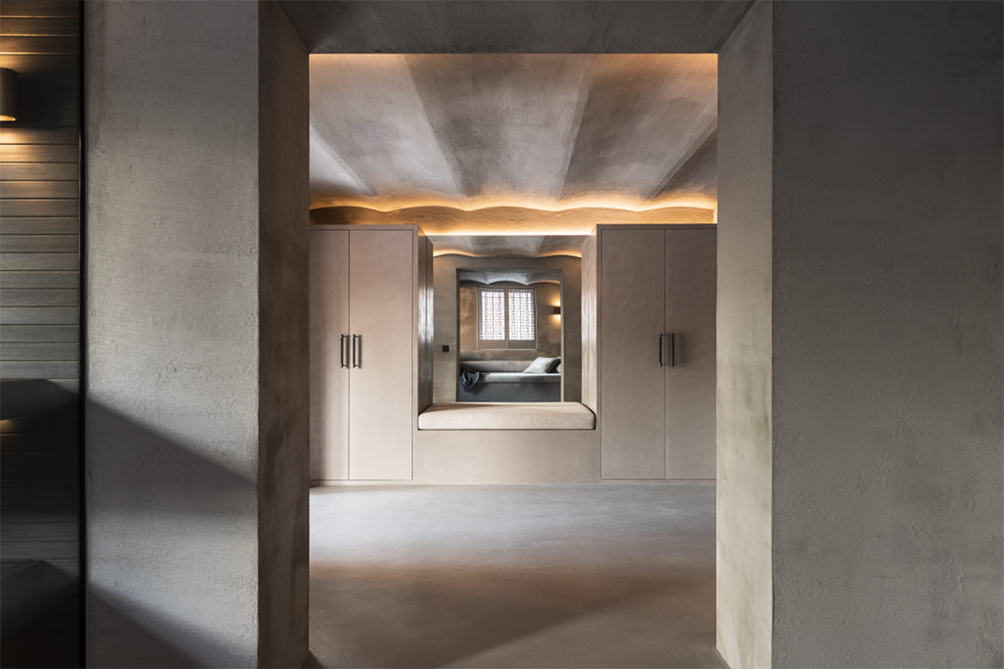 microcemento colore grigio per pavimenti e pareti